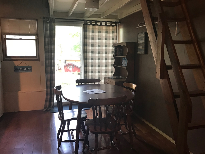 Dining Room Alpine Lodge Moonlight Bay Resort