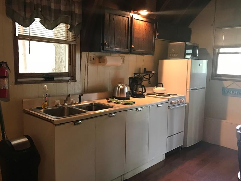 Kitchen Alpine Lodge Moonlight Bay Resort